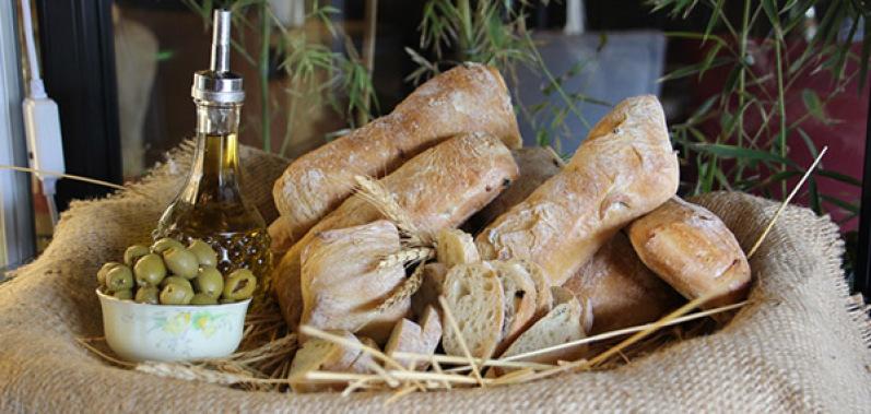نان چاپاتای زیتون
